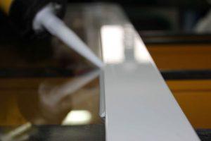 aplicacion silicona ventana aluminio